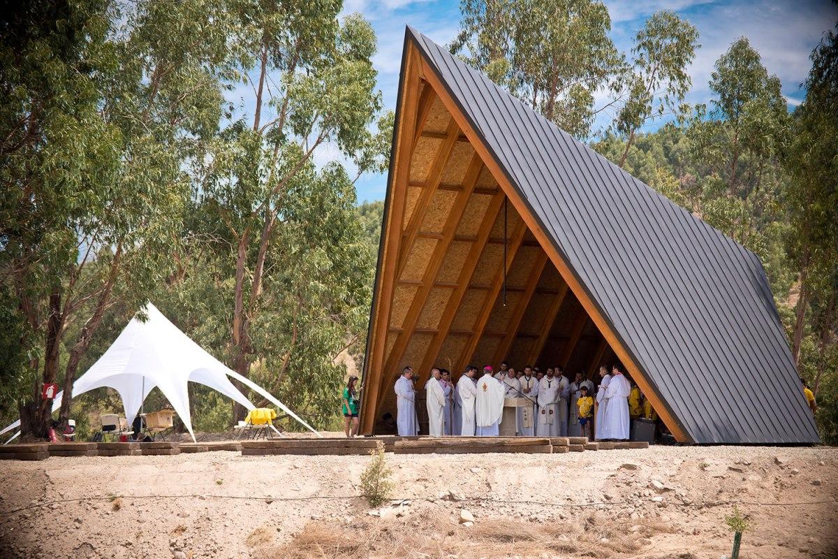 Nova capela do campo do Acanac é dedicada a Nossa Senhora de Fátima